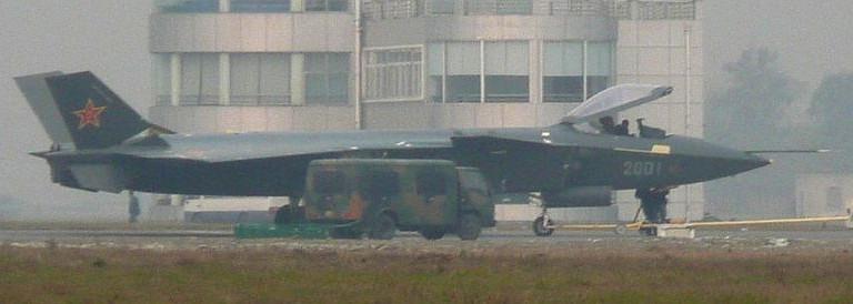 Foros de Internet publican supuestas fotos de segundo avión chino de quinta generación Chengdu-J-XX-VLO-Prototype-5S