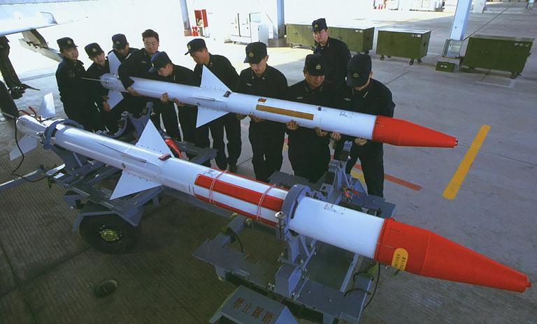 حصرياً للمنتدى-دراسة شاملة عن الرائعة الـصينية J-10 .......... - صفحة 5 SD-10A-Sino-AMRAAM-J-8F-PLAN-APA-1S