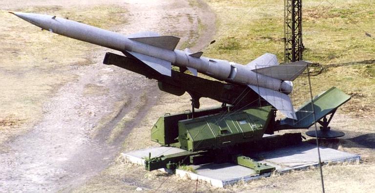 SA-2  Guideline ( Trumpeter 1/35 réf 00206 ) S-75-1D-SM-90A-Launcher-1S