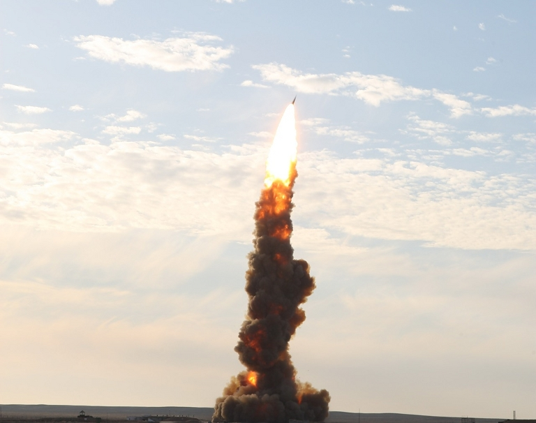 S-500 53T6-Gazelle-ABM-Launch-2S