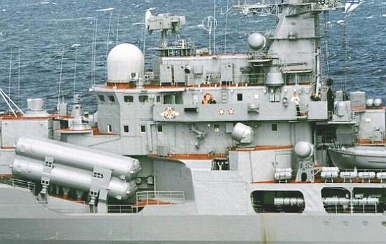 نافذة على البراهموس الصيني CX-1 3M80-Sunburn-PLAN-Launchers