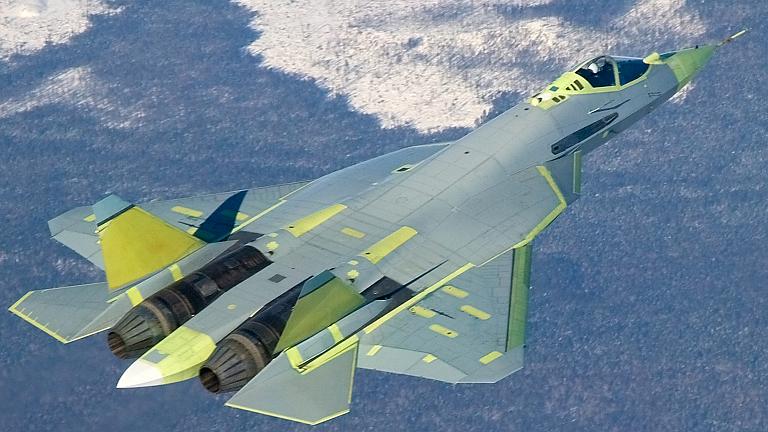 [نقاش] ما هو السلاح الذي تتمنى ان تراه لدى جيش بلدك Sukhoi-T-50-PAK-FA-KnAAPO-2S