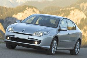 Vos voitures (dans la vraie-vie) - Page 3 Renault-laguna-3-4av-08