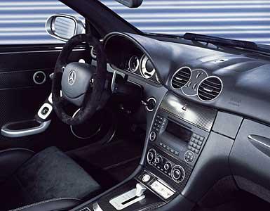 (C209): Edição especial Classe CLK DTM AMG 2004 CLK_DTM_AMG_int1_T