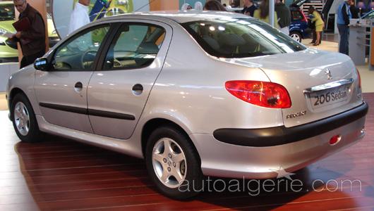 [INFORMATION] Citroën/DS Chine et Asie du Sud-Est - Les News - Page 2 206sedan4