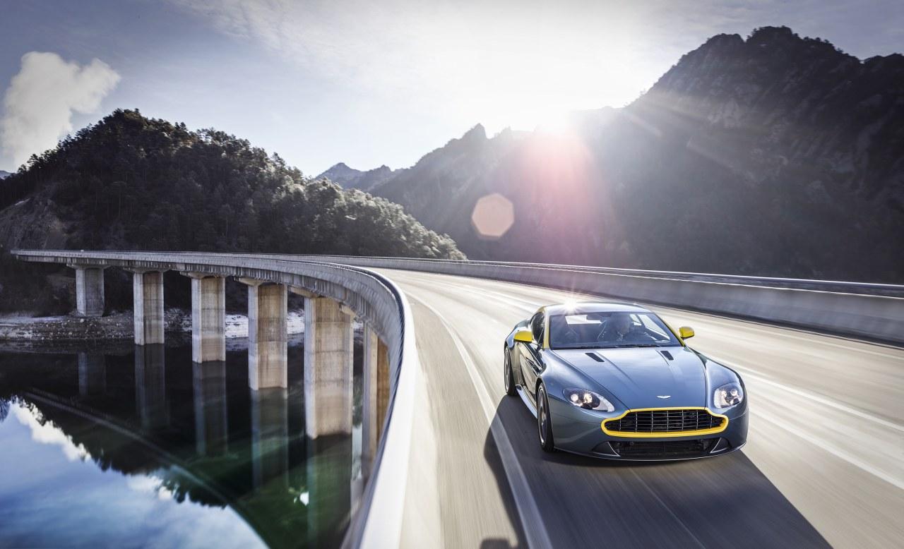 2011 - [Aston Martin] Vantage restylée - Page 2 Aston-Martin-V8-Vantage-N430-03