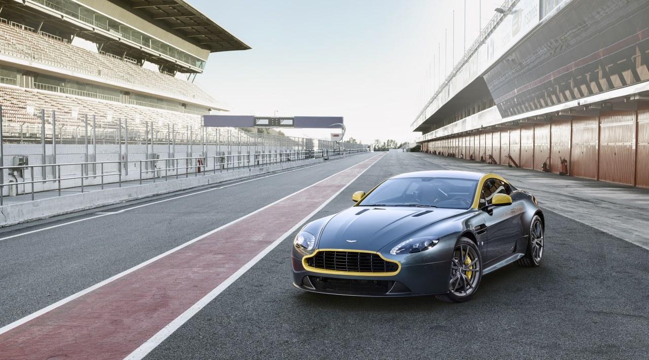2011 - [Aston Martin] Vantage restylée - Page 2 Aston-Martin-V8-Vantage-N430-04