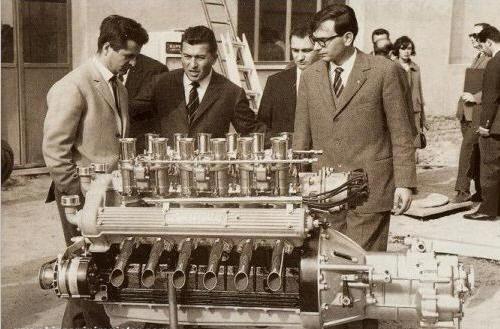 Les génies de l'Automobile Bizzaini_fl_dallara_lambo_3500_v12