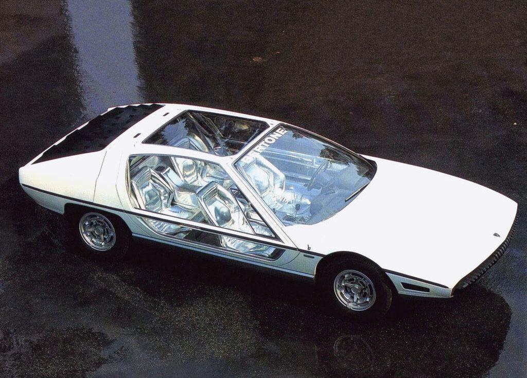 Bertone et Marcello Gandini Marcello-gandini-a-magician-of-car-design-2249_2
