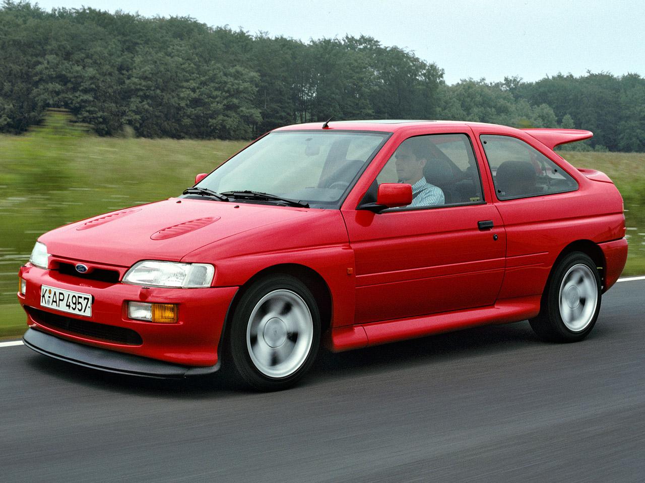 Tu garaje de 5 coches... un debate abierto en mil sitios. Ford_escort-rs-cosworth-1992-96_r7