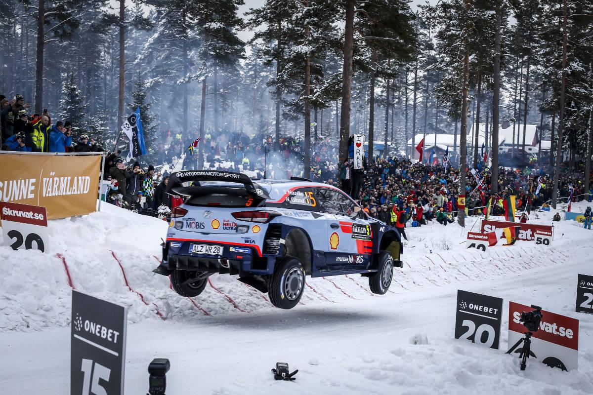 WRC - World Rallye Championship - Page 4 01118002_314