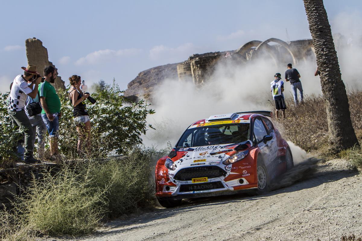 ERC - Championnat d'Europe des rallyes _erc-arrivee-chypre-lukyanuk-goldenstage-octobre-2016