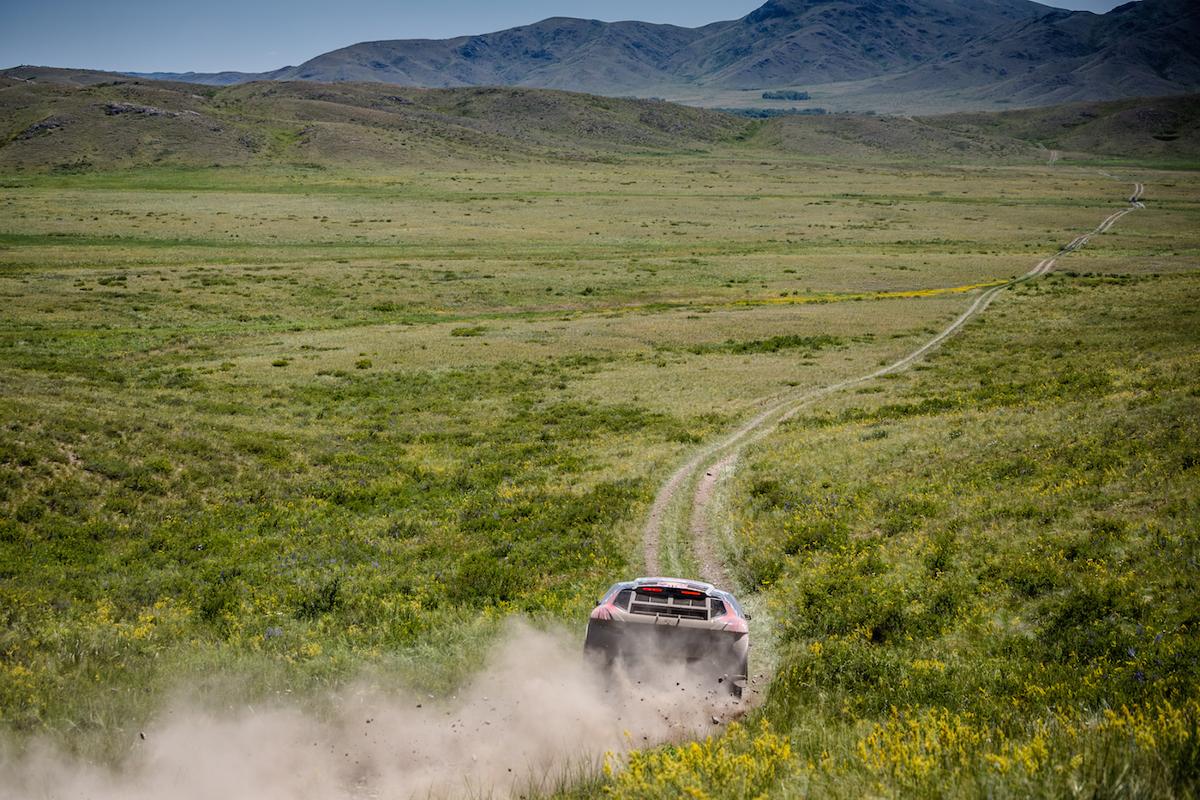 [AUTRE] Les aventures de Sébastien Loeb chez Peugeot - Page 5 _silkwayrally-es7-despres-peugeot-2016