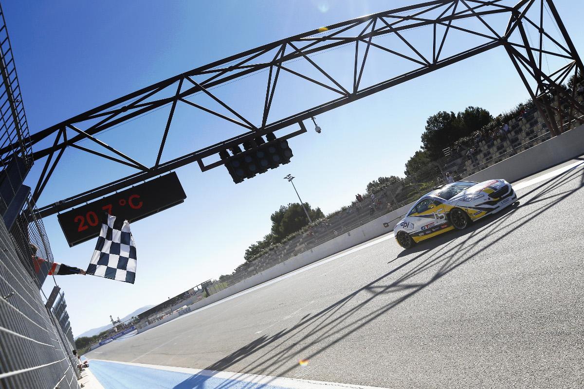 Championnat de France des circuits - FFSA GT et autres courses de support - Page 10 Gttour-paulrcard-finale-message-oreca-octobre-2016