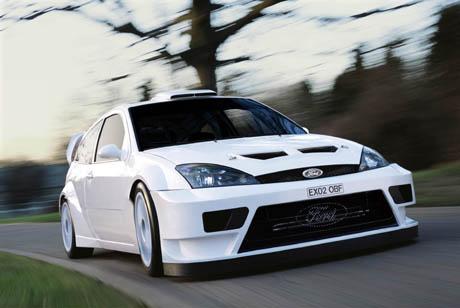 Les voitures de vos rêves Ford_focus_rs_wrc_03-01