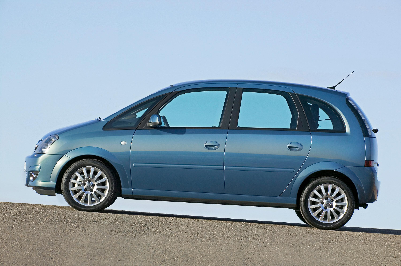 Opiniones para adquisición de un coche seminuevo.... Monovolumen Pequeño ó MPV Opel-meriva-05