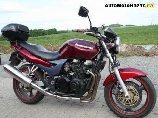 Un petit belge, un ! avec sa 400 DTMX 77, son XT500 79,.. :) Kawasaki-zr7-130
