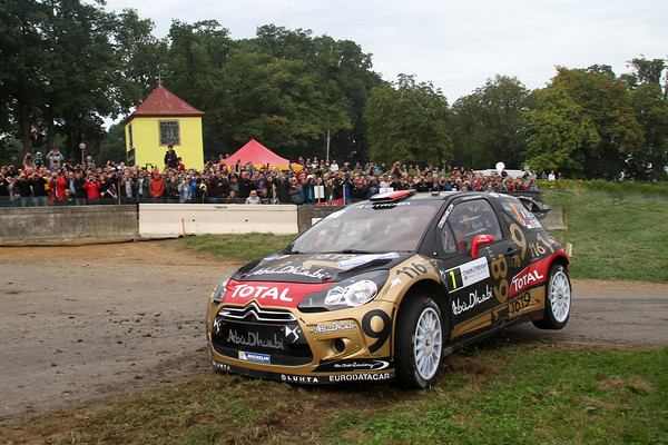 Quelques décos de GT8!! - Page 2 WRC-2013-ALSACE-DS3-LOEB-ELENA-photo-Jo-LILLINI