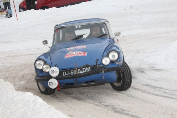 Rallye Monte Carlo Historique 2016 - Benoît/Stéphane MONTE-CARLO-HISTORIQUE-2015-DS-de-Francoise-CONCONI-et-Photo-HAASE-CLASSIC-Photo-600x400