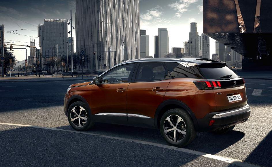 Aquí el detalle de equipamiento del nuevo Peugeot 3008: Muy completo desde el más sencillo Peugeot-3008-15