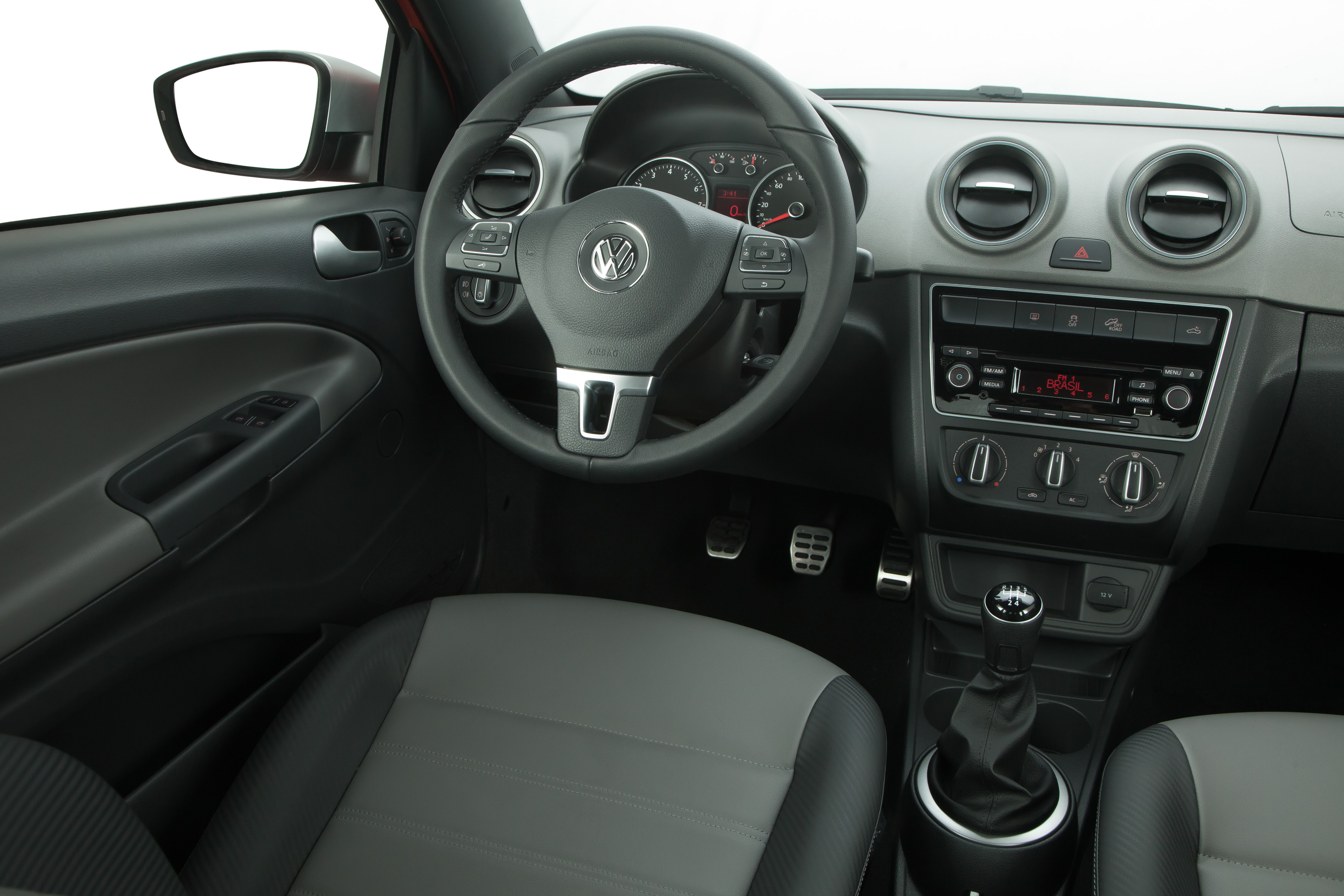 [Volkswagen] Saveiro - Page 2 Eve180814as19