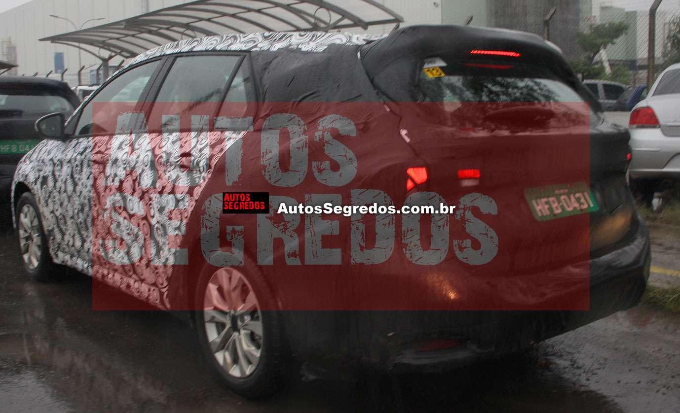 Nuova Fiat Tipo - Pagina 2 Flagra_fiat_tipo_perua_10