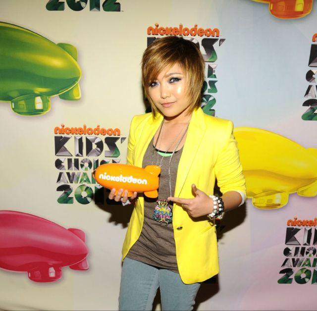 06/03/2013 - Dawn.com - Philippine pop star Charice says she's a lesbian Charice-KCA-2012-640x628