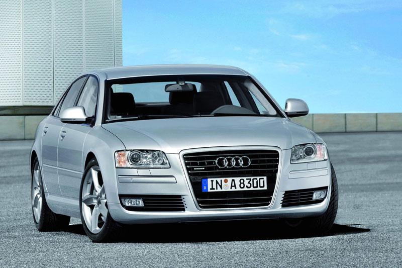[Audi] A8 restylée D40e0bee748f30ed5563f9d6c2f01720