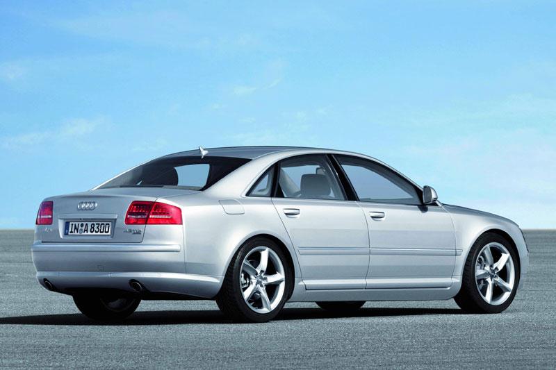 [Audi] A8 restylée 212aecb12e735a1abb7a4276327d5663