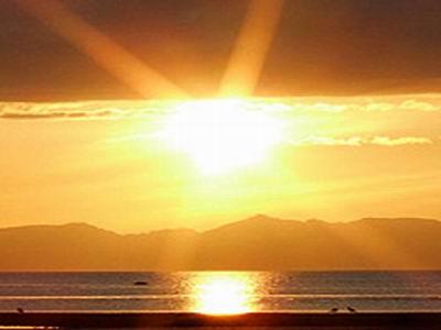 Lumineux salut de Soleilamethyste. 21leversoleil