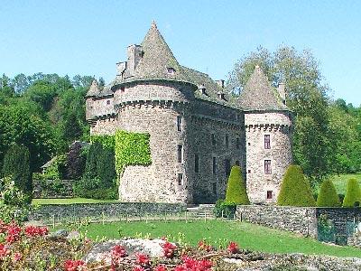Les Chateaux de René no 11 Trouvé Par Martine  Chateau-auzers-1