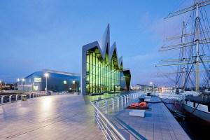 Zaha Hadid vodeći arhitekta sveta i njeni projekti 12Riverside-GLA-ZHA-3780-300x200