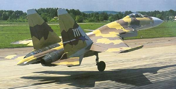 السوخوي 37- مفترسة المقاتلات Su37_06