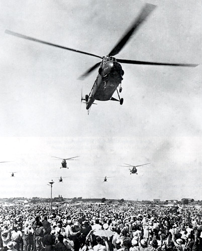 Unión - Mil Mi-4 helicóptero de transporte  ( Unión Soviética ) Mi-4_6