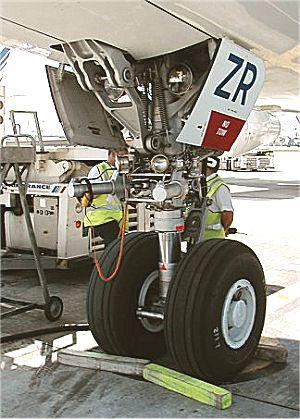 les feux des avions - Feux de positions et phares des avions Feux17