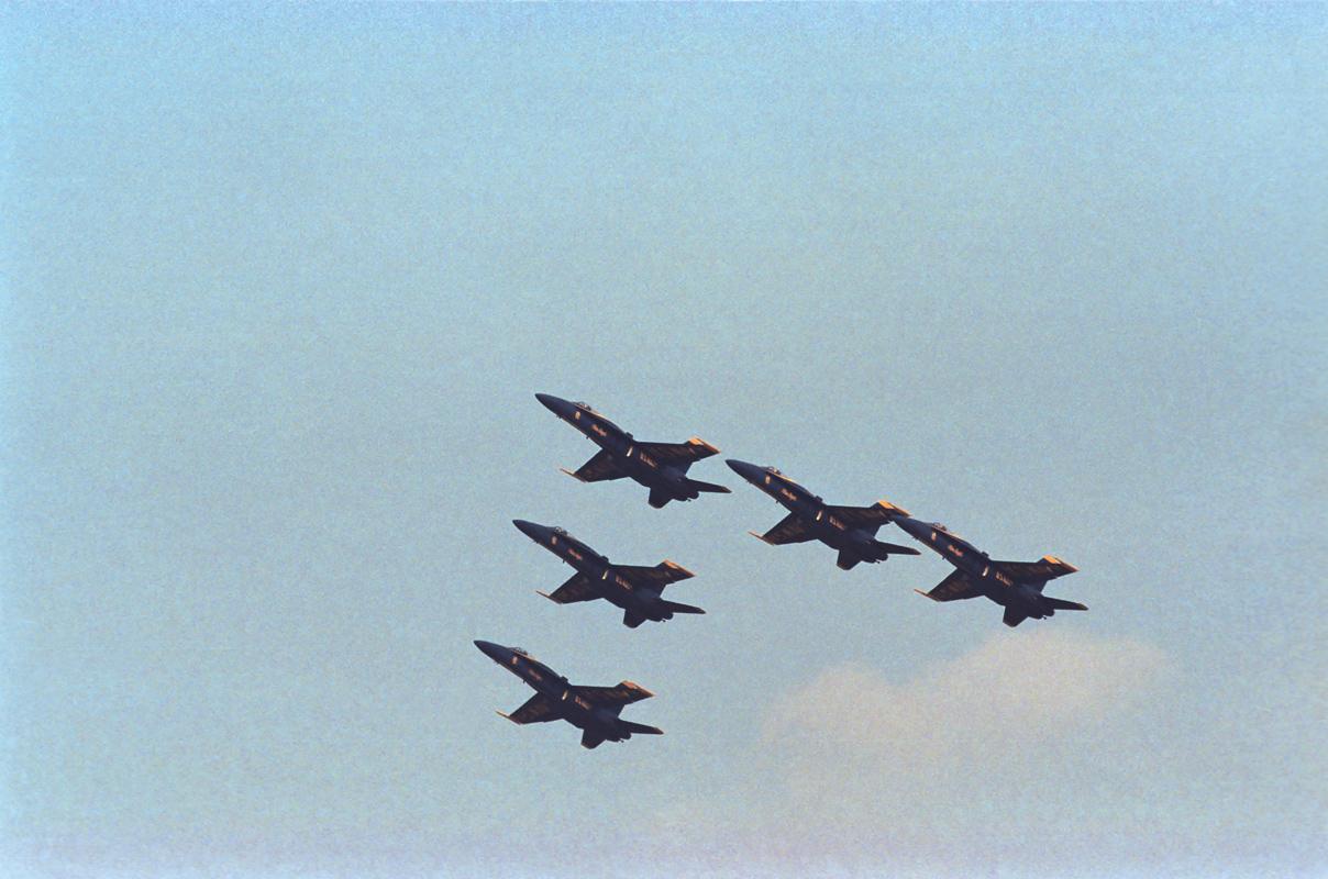 أروع صور الفرقة الاستعراضية Blue Angels 053_06P