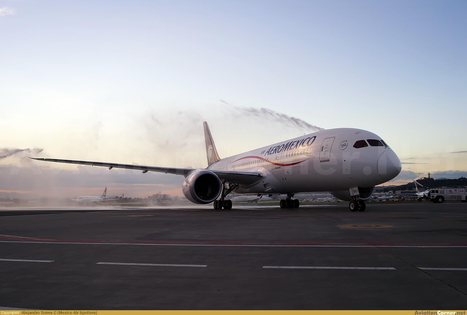 Boeing 787-8 de Aeroméxico - Página 2 Avc_00316203