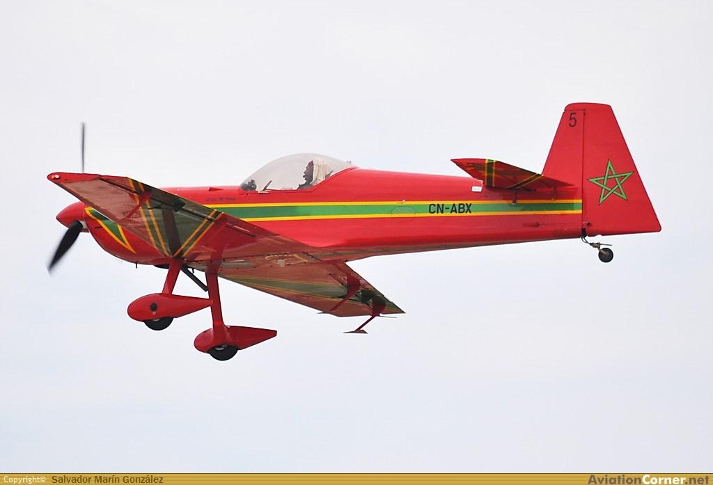 la patrouille acrobatique : la marche verte - Page 8 Avc_00322154