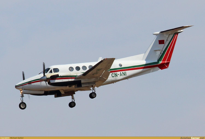 FRA: Avions VIP, Liaison & ECM - Page 13 Avc_00426693