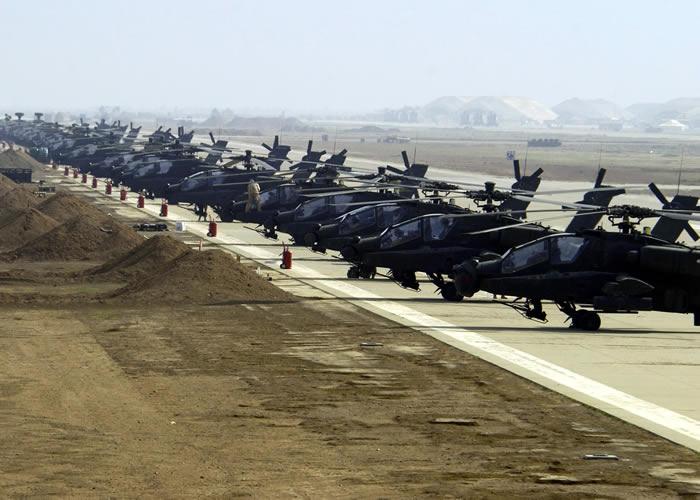 Powrót Nefilimów - Page 3 AH-64D_Apache_Longbow_Al_Asad
