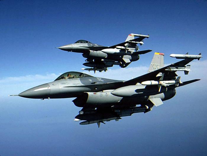 MADE IN Saudi Arabia F-16_aircraft_in_flight