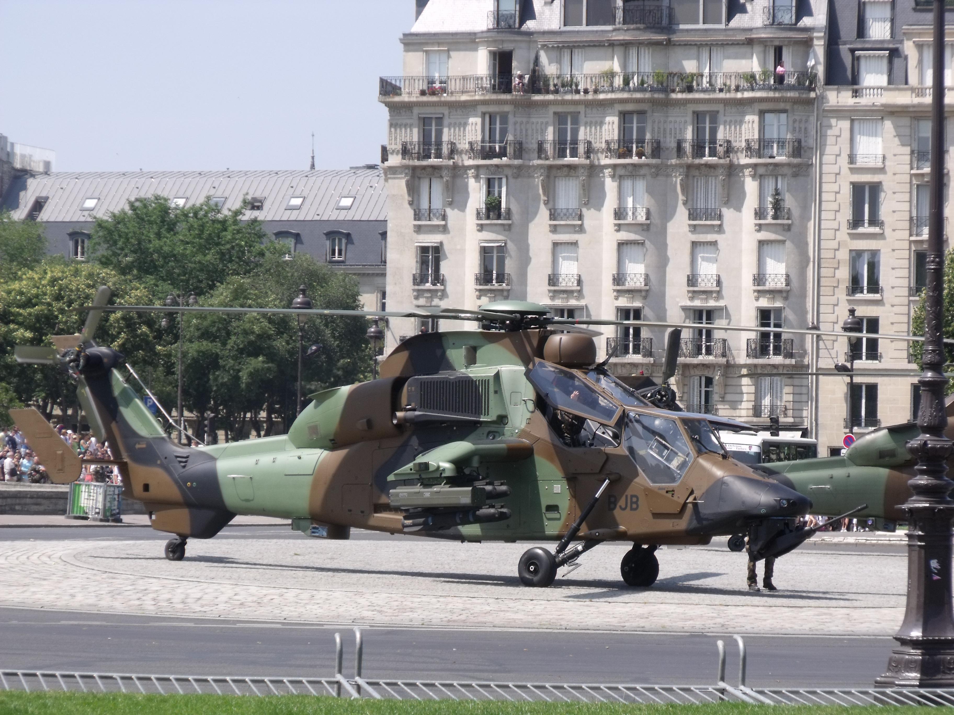 [Revell] Eurocopter Tigre HAD  1/72e DSCF5530