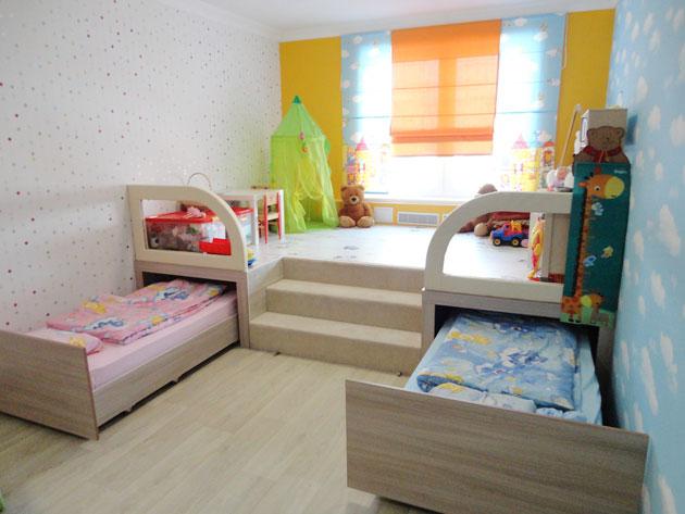 Помогите советом с мебелью (эскиз проекта) Podium-v-detskoy11