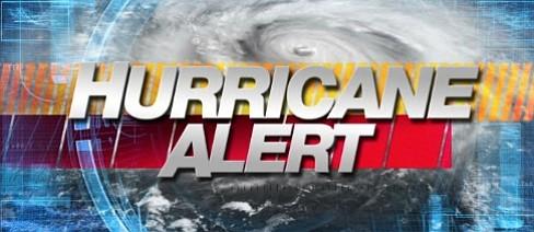 Giant CAT4 Hurricane COULD make East Coast landfall - Nearly 500 miles wide! Hurricane_alert_t670