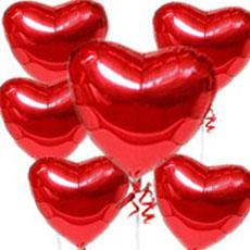 تزيين البيت بشكل رومانسي لعمل اجواء رومانسيه لزوجك 6%20red%20hearts
