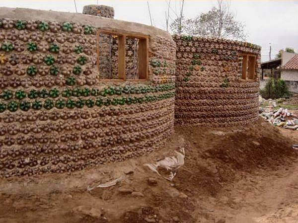 Habitats alternatifs, cabanes et huttes - Page 5 6d1206e32ff76cc1394e49f0b97a6e4d2107419e