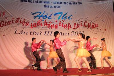 giai điệu tuổi hồng tỉnh lai châu năm 2011 2(120)