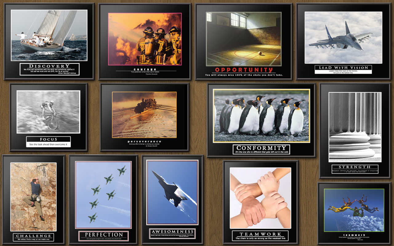 Besoin de photos pour mon bureau Barney-s-Office-Wall-barney-stinson-25161381-1280-800
