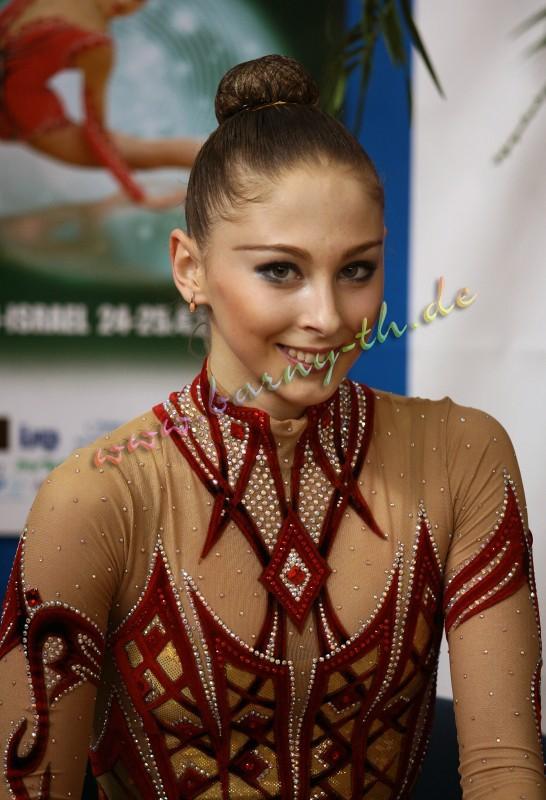 Daria Kondakova - Page 2 Holon09_13371