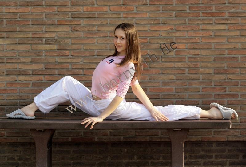 Silvia Miteva - Page 3 MOL_0201
